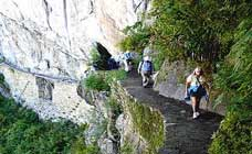 Inca Trail To Machu Picchu Trek